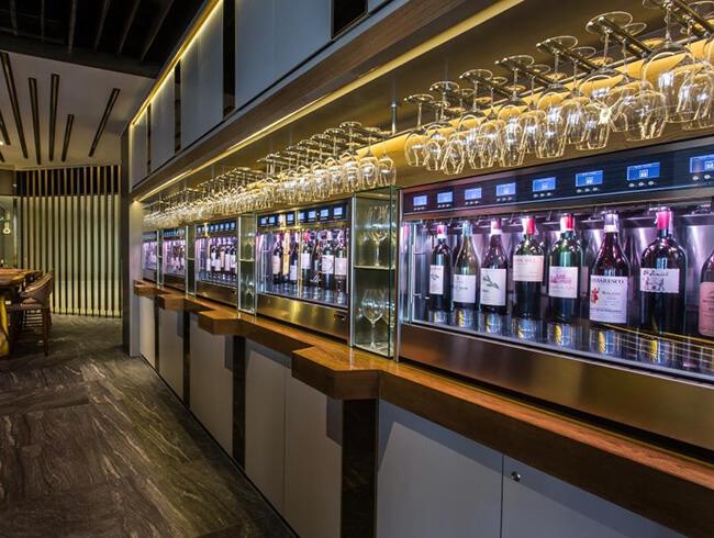 Dispensador de bebidas para bares